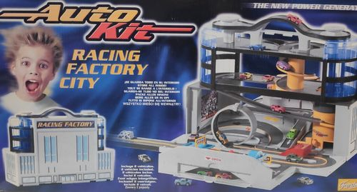 Famosa - AutoKit: Racing Factory City